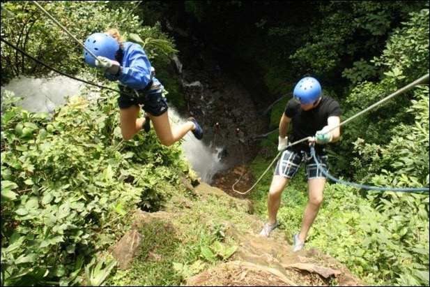 rappelling4