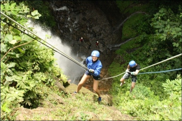 rappelling6