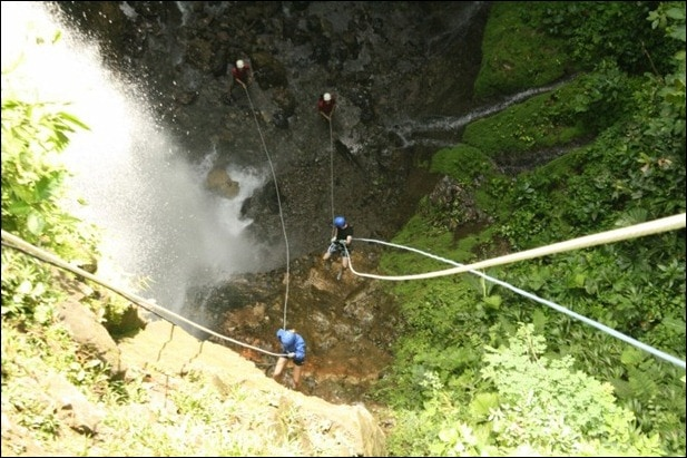 rappelling9