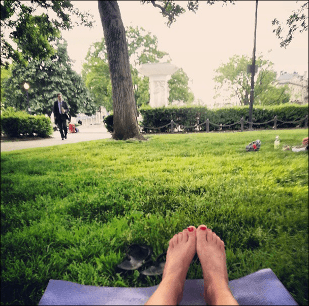 outdoor_dupont_circle_yoga