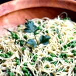 Creamy Vegan Garlic & Herb Pasta