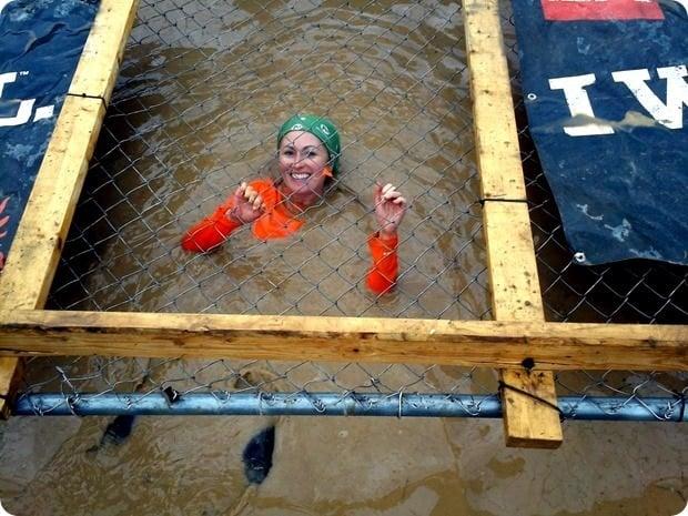 tough mudder cage crawl