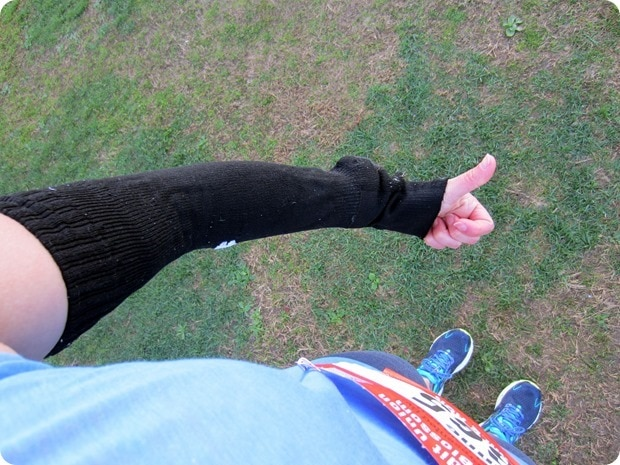 how to keep arms warm before a race