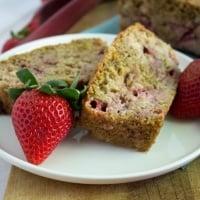 Healthy Strawberry Rhubarb Bread