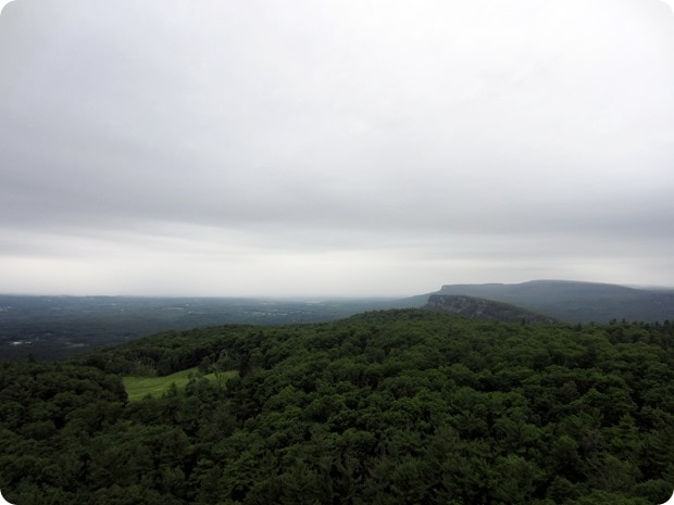 mohonk mountain house hike view