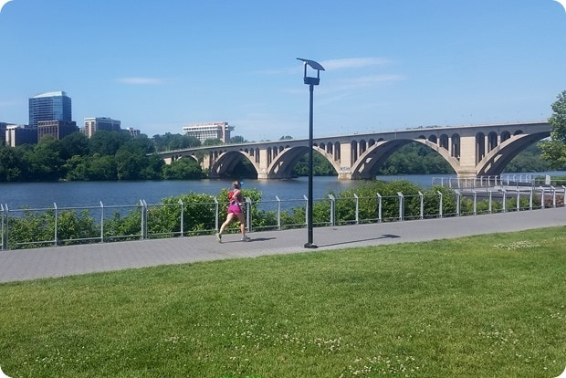 running on the georgetown waterfront