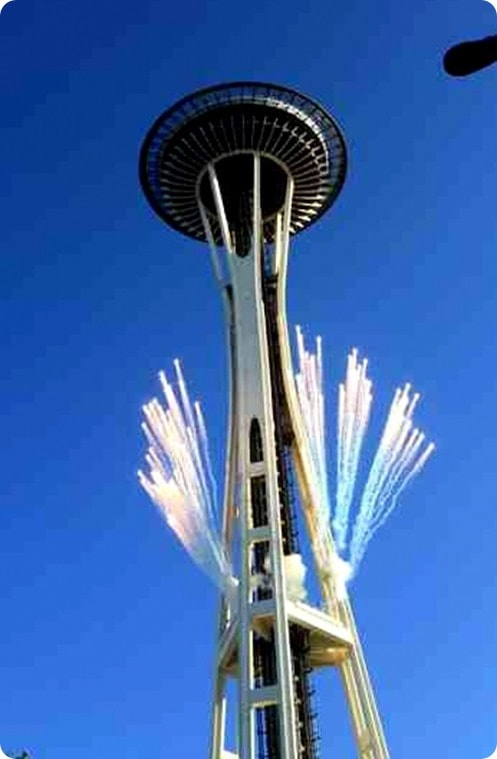 seattle rock n roll fireworks space needle