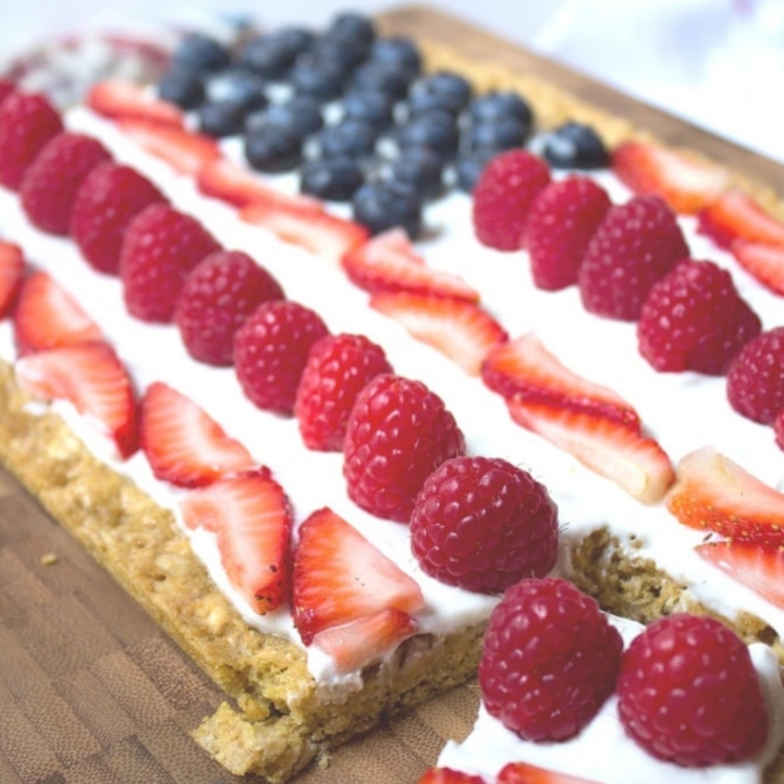 Healthy 4th of July Cookie Cake