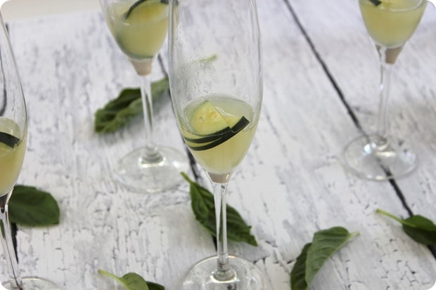cucumber lime basil prosecco drink cocktail