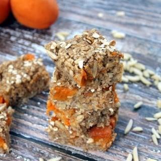 Oatmeal Apricot Snack Bars