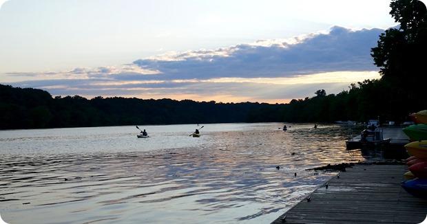 sunset kayak key bridge boathouse