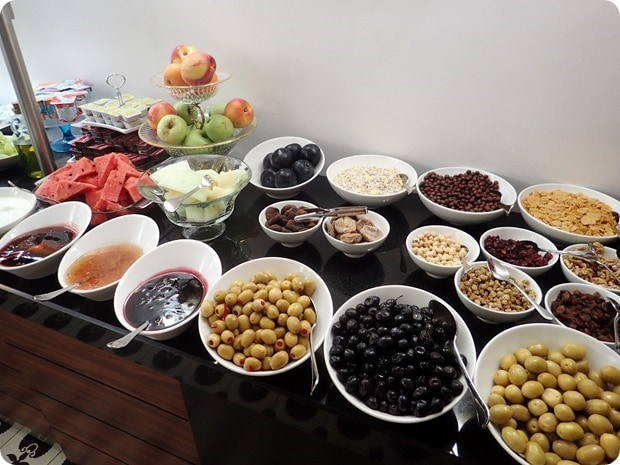hotels with free turkish breakfast istanbul