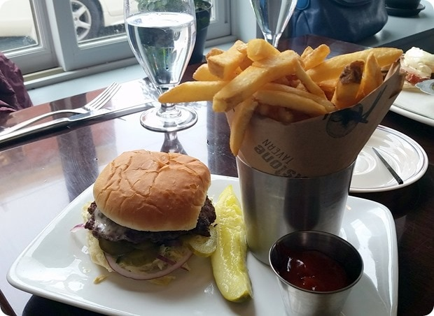 whetstone tavern philadelphia burger