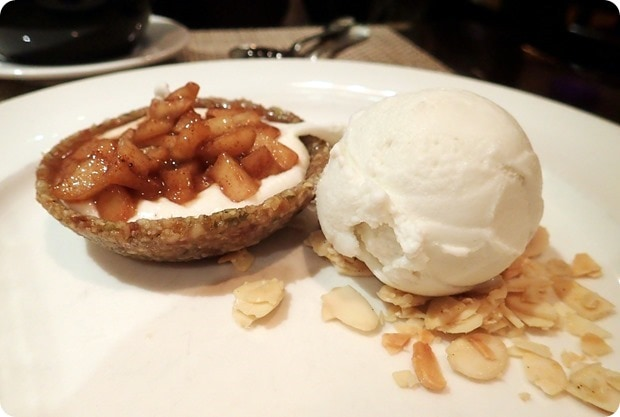 candle cafe live pear tart