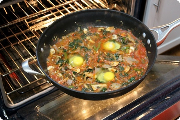 cacciatore style baked eggs