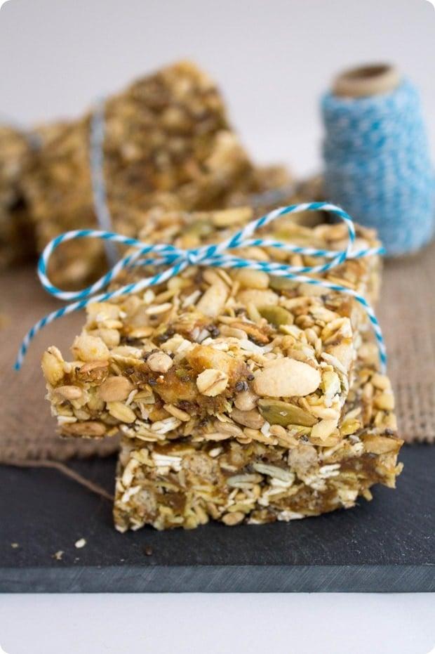 5 minute no bake PB granola bars