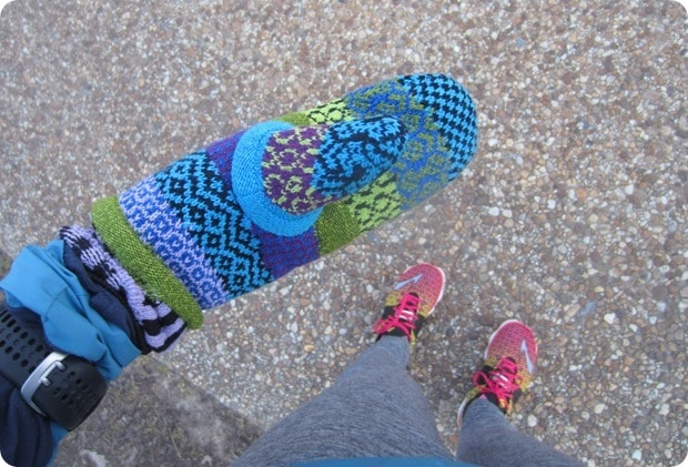 how to keep your hands warm during winter runs