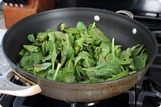 how to wilt greens in a pan
