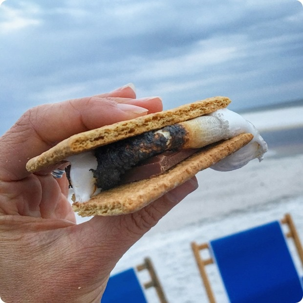 beach bonfire smores