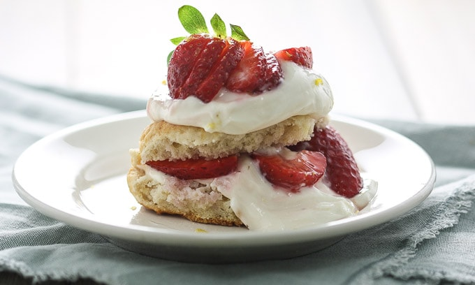 Gluten_Free_Strawberry_Shortcake_with_Lemon_Curd_Cream10