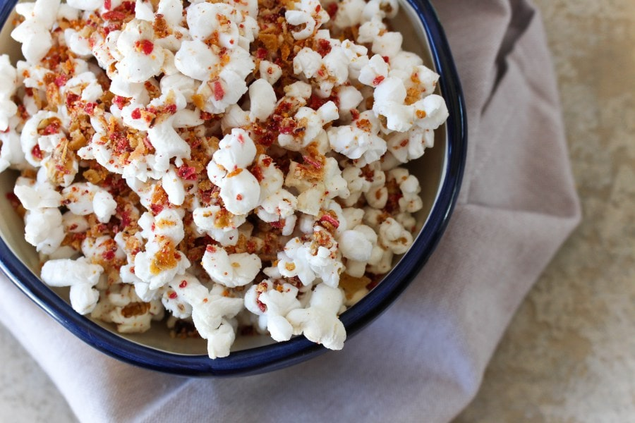 cheesy-veggie-chip-popcorn