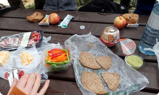 portable hiking lunch