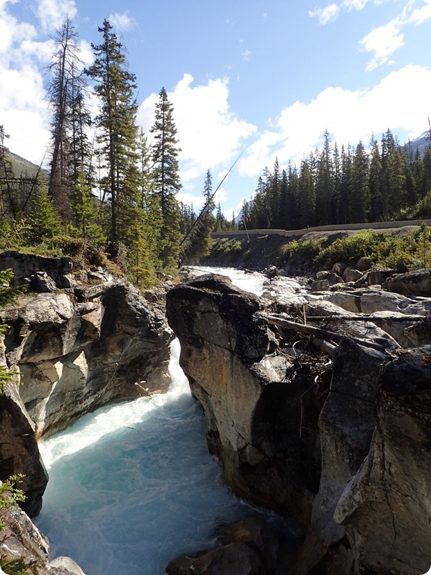 marble canyon hike canada