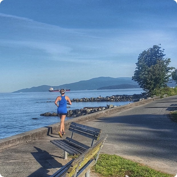 running the vancouver stanley park seawall