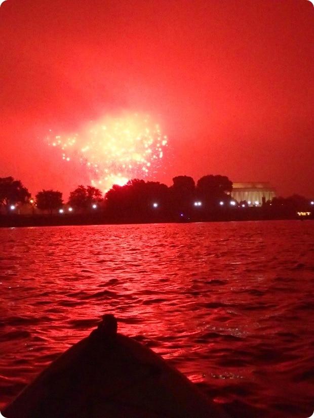 washington dc fireworks by kayak