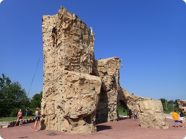 outdoor climbing wall columbus