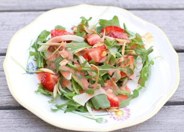 strawberry-arugula-salad