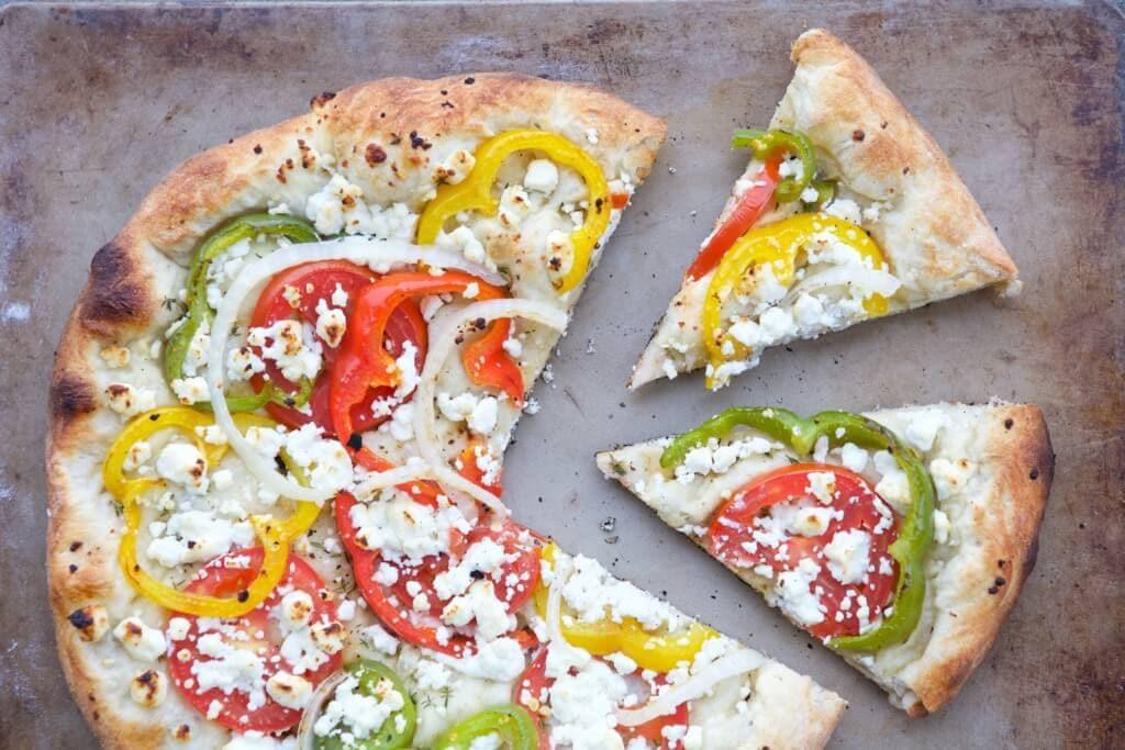 summer-veggie-pizza-full-2-1024x683