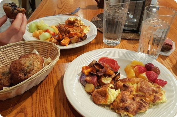 fort lewis lodge breakfast