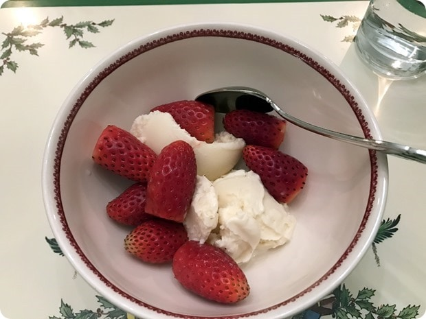 strawberries with vanilla ice cream