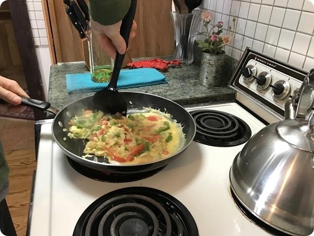 veggie egg breakfast scramble