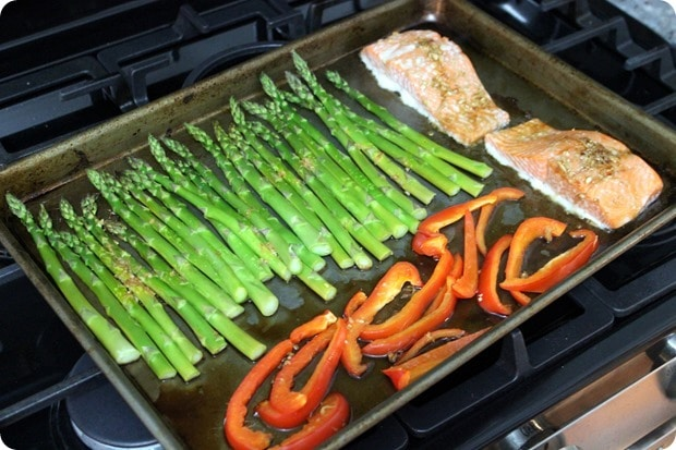 sheet pan asian salmon with veggies