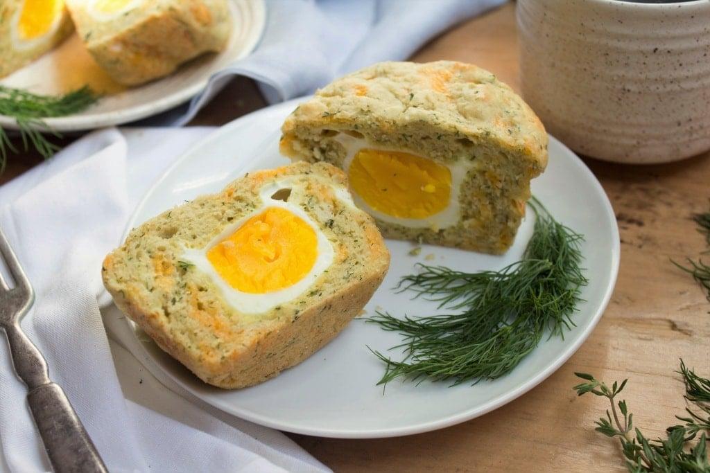 fast easy breakfast egg filled muffins