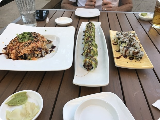 sushi rock arlington