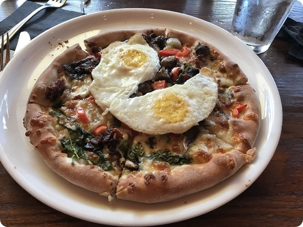 mad fox brewery breakfast pizza