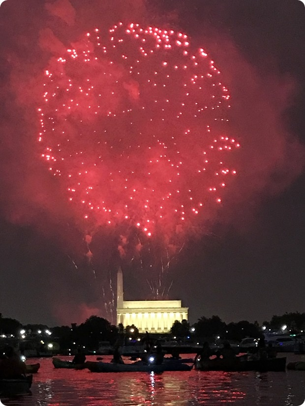 dc fireworks by boat