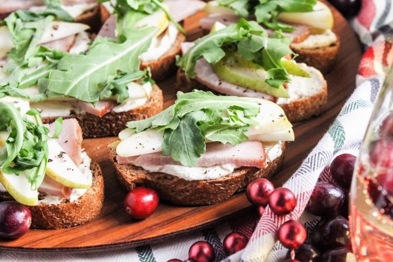 ham and pear crostini