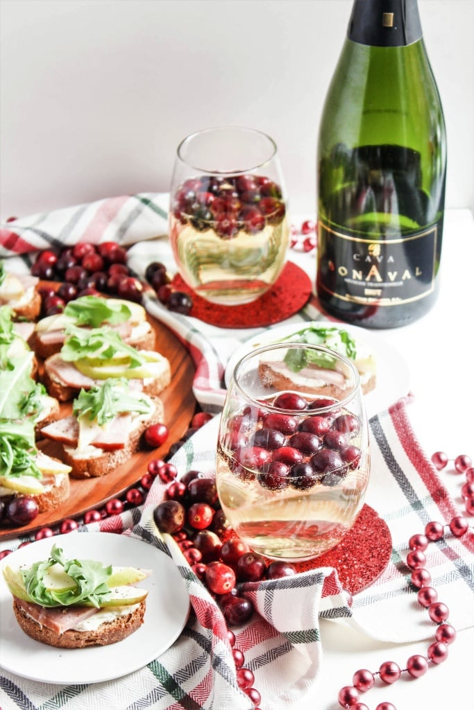 Ham and Pear Crostini with Arugula and Goat Cheese recipe and Cava with cranberries