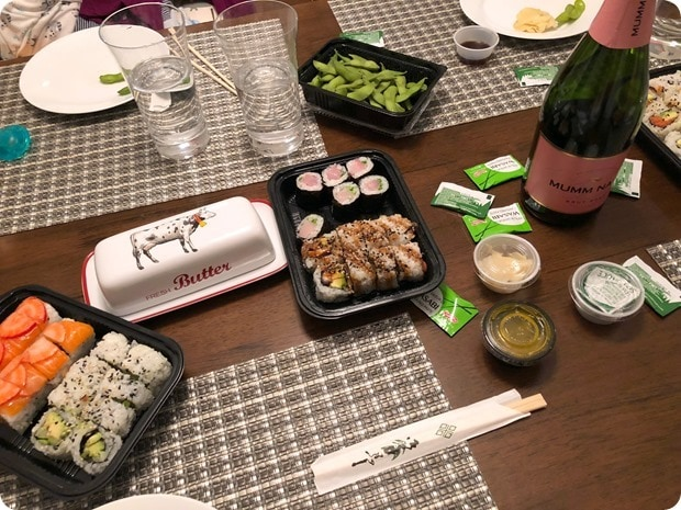 sushi rock delivery