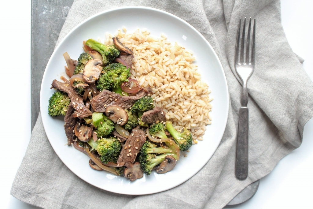 Beef and Broccoli Stir Fry with Ginger Soy Sauce! From @fannetasticfood's Mix & Match Stir Fry Recipes: Choose your favorite protein, veggies, and sauce for a delicious one-pan 15-minute dinner! The stir fry combinations are endless! #stirfry #healthydinner #onepotmeal #healthyrecipes