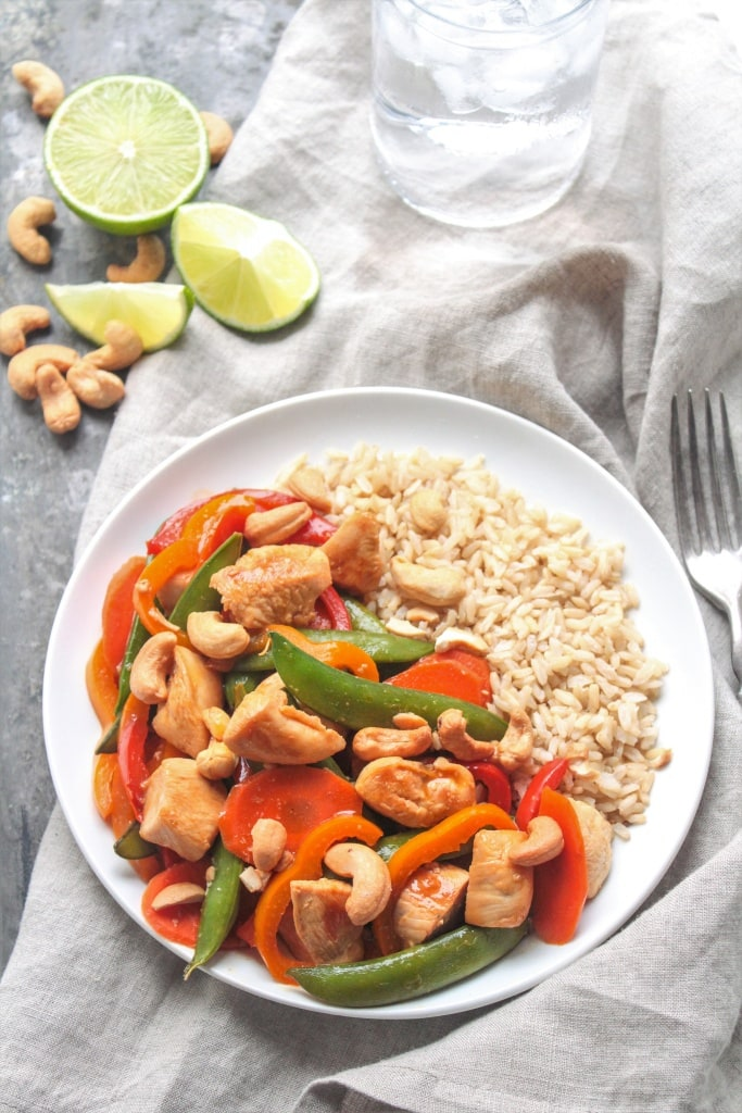 Cashew Chicken Teriyaki Stir Fry, from @fannetasticfood's Mix & Match Stir Fry Recipes: Choose your favorite protein, veggies, and sauce for a delicious one-pan 15-minute dinner! The stir fry combinations are endless! #stirfry #healthydinner #onepotmeal #healthyrecipes