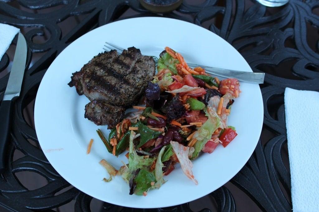 steak and taco salad