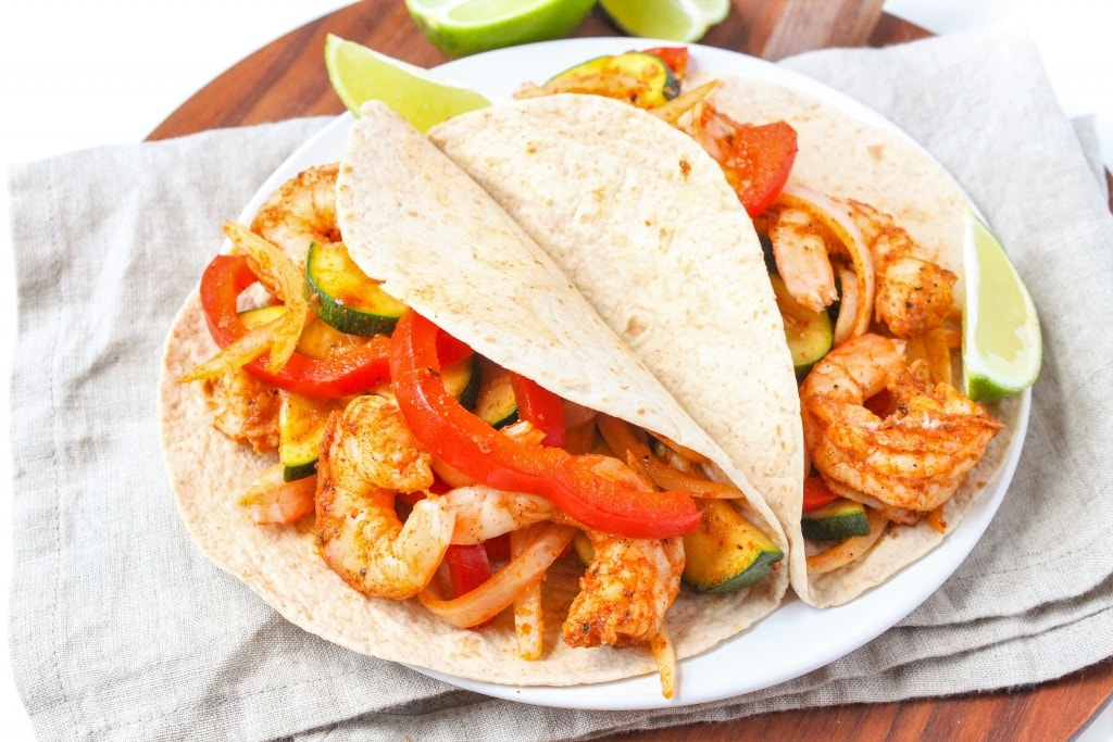 sheet pan shrimp fajitas recipe