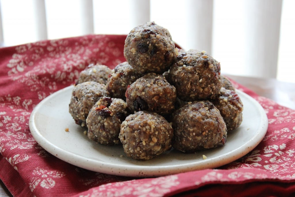 no bake snack balls made from pie crust