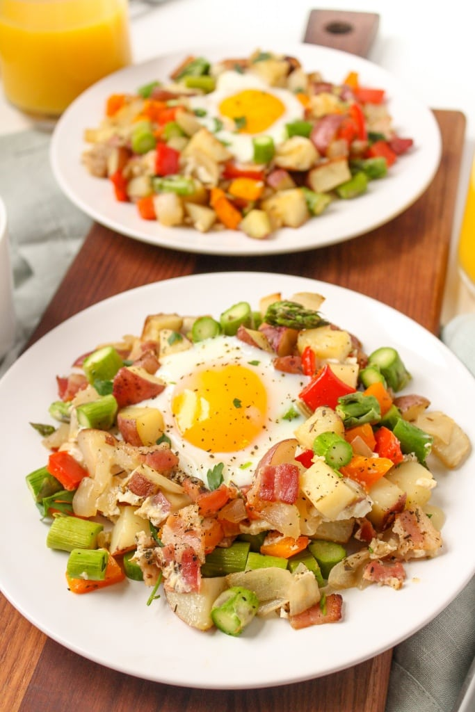sheet pan breakfast hash with veggies bacon