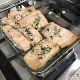 salmon with dill lemon sauce